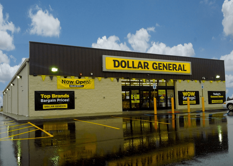 I Never Planned to Be a Front-Line Worker at Dollar General