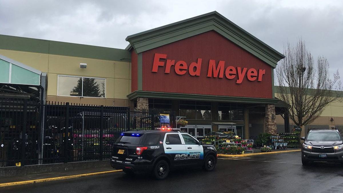 Grocery workers' union, Fred Meyer and others reach tentative agreement