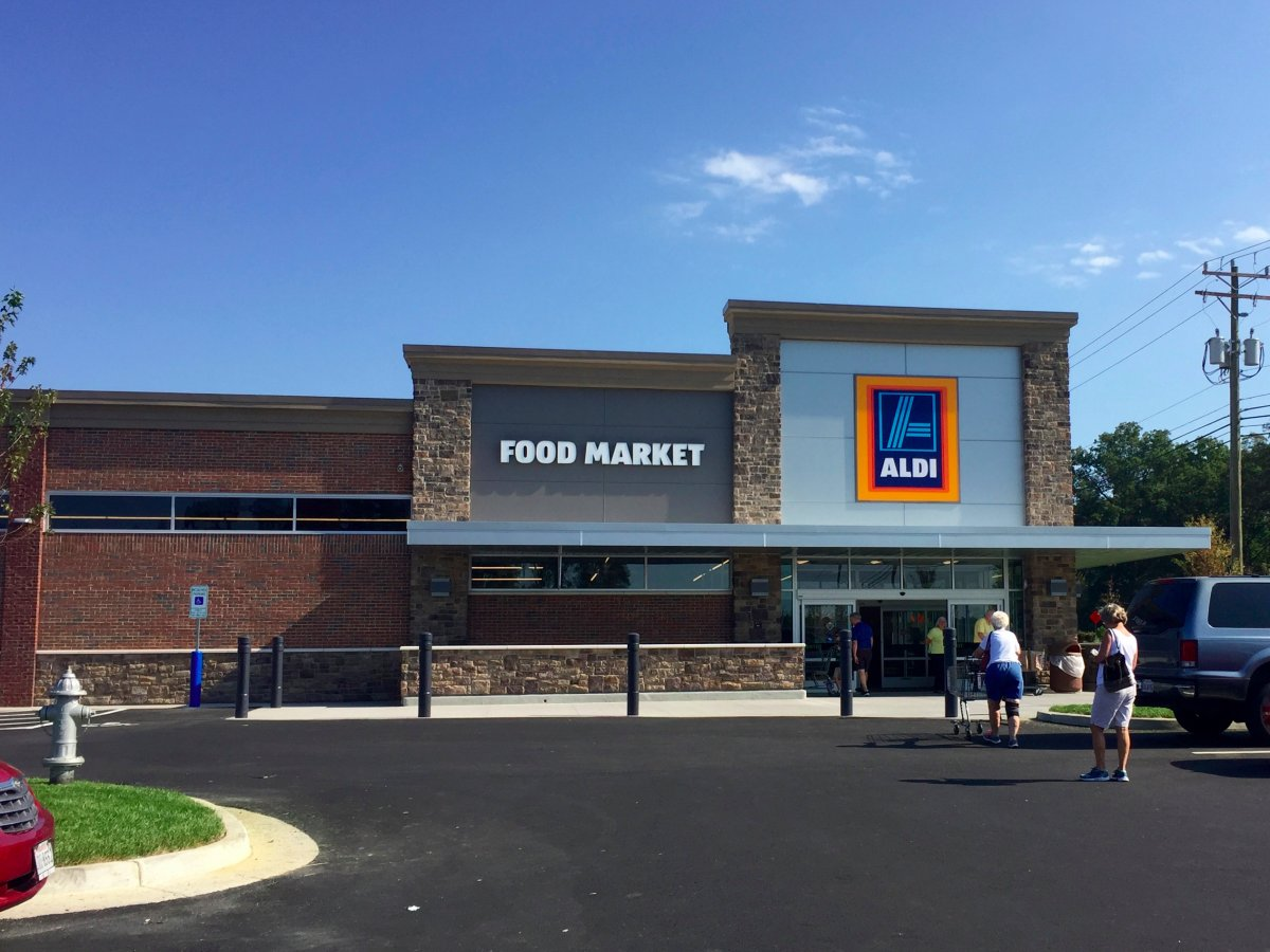Aldi is unleashing a billion-dollar price war — and it should terrify Walmart