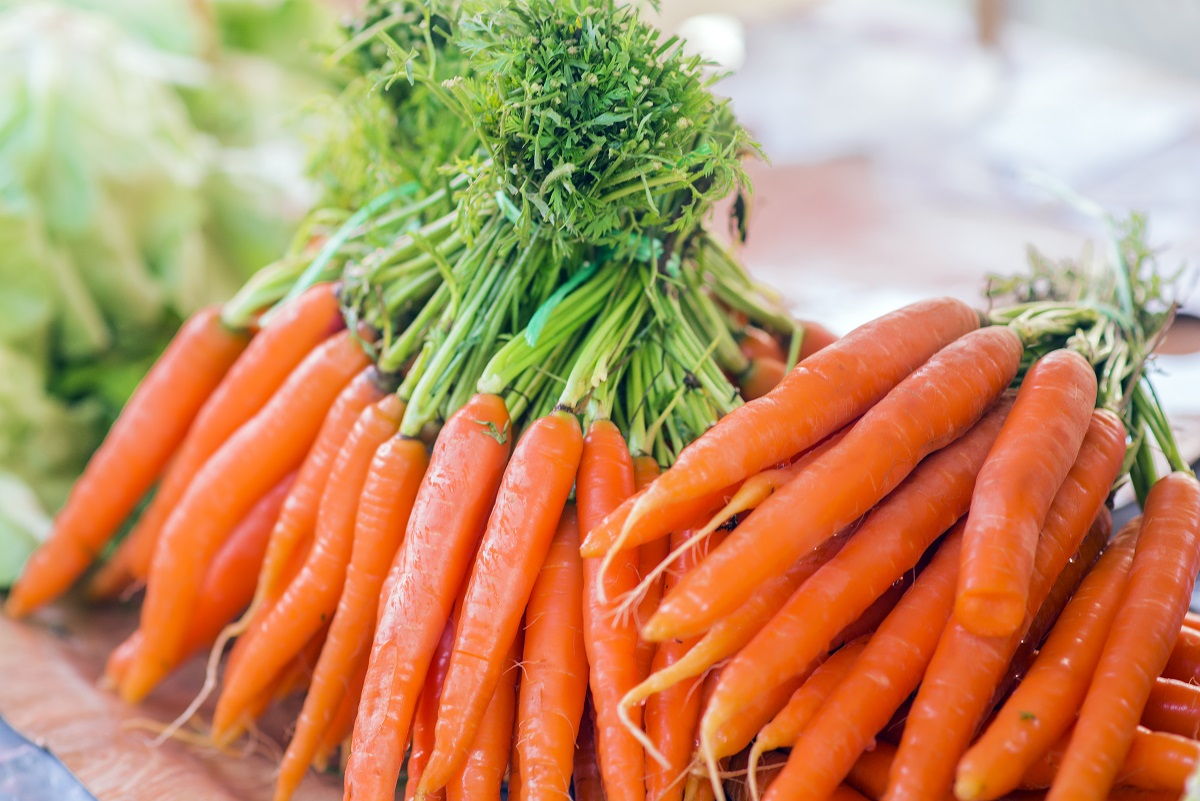 Brits are stealing millions of dollars in groceries by ringing up everything as carrots