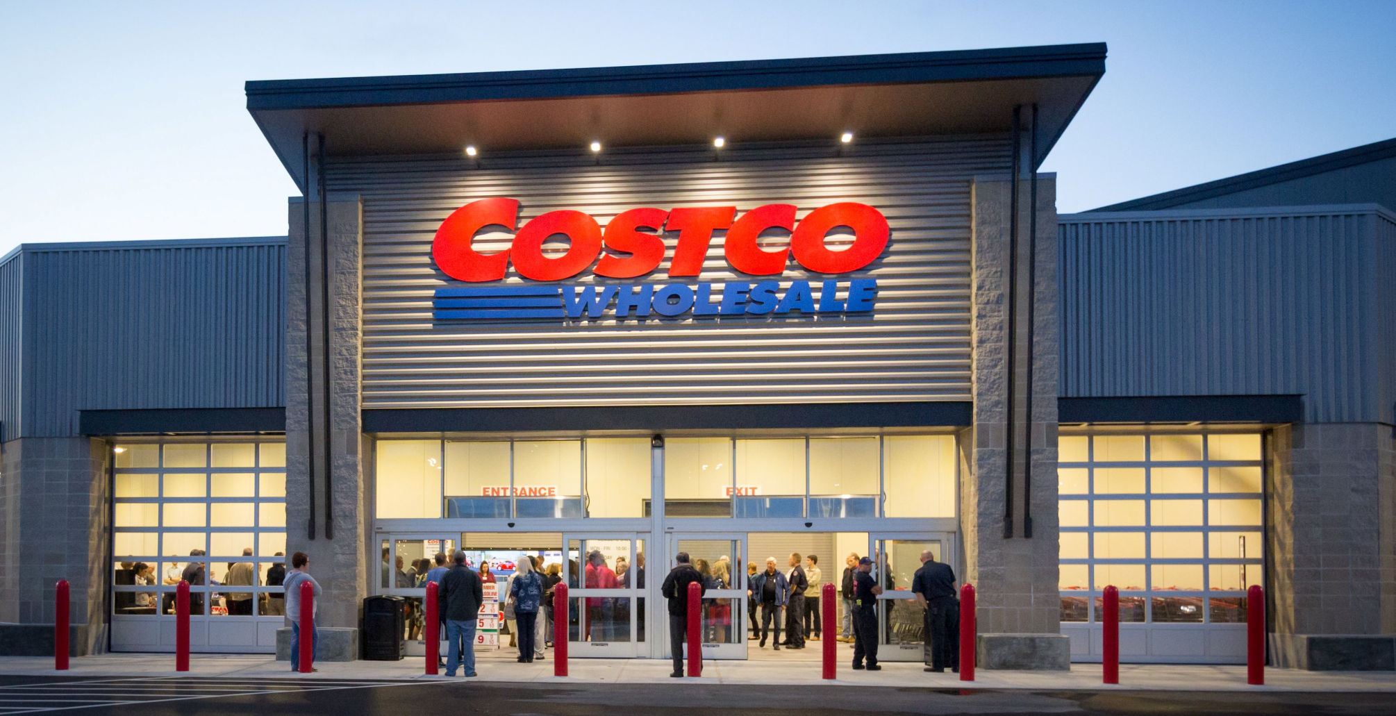Costco shares down on fears of grocery delivery eating into margins
