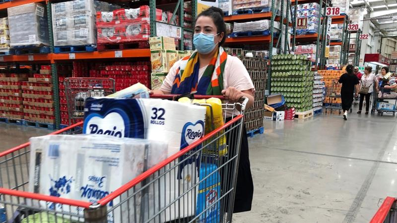 Customer behavior is driving pandemic distress for grocery store workers, report finds