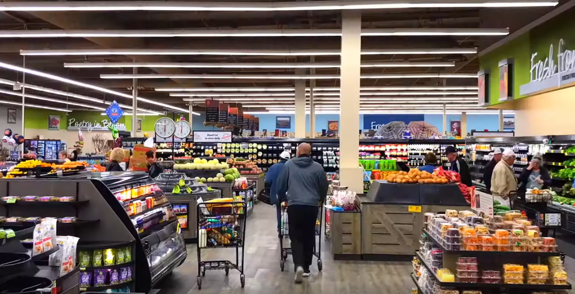 Albertsons_produce_shoppers.png
