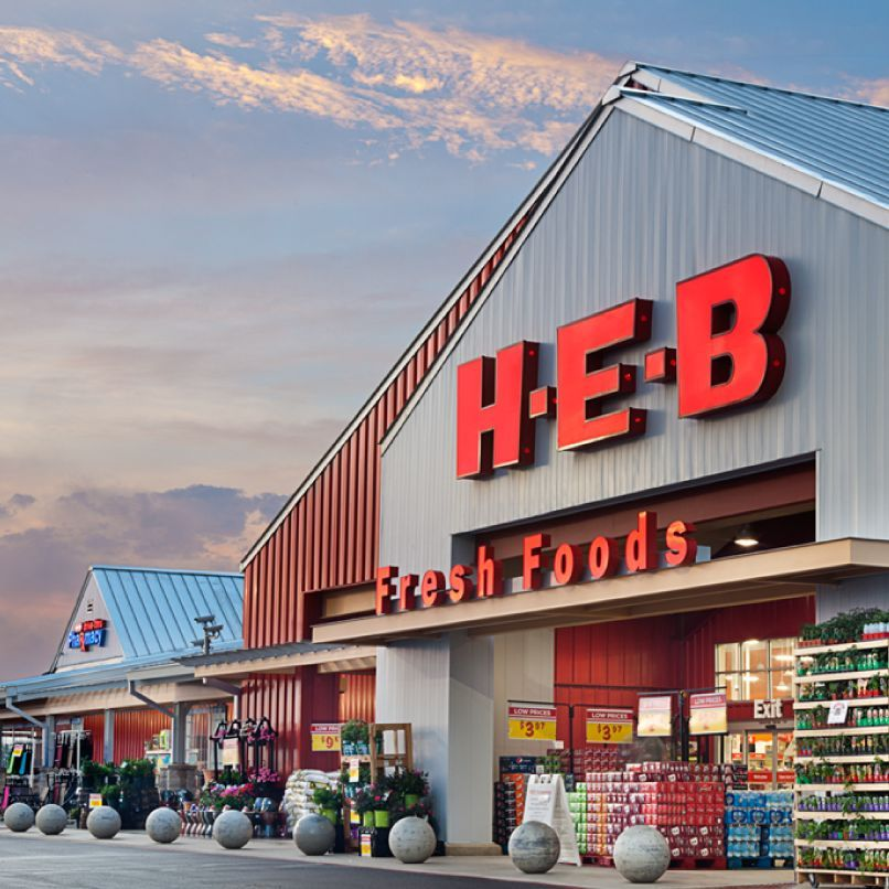 Texans Needed Food and Comfort After a Brutal Storm. As Usual, They Found It at H-E-B
